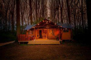 kamperen in de winter nederland